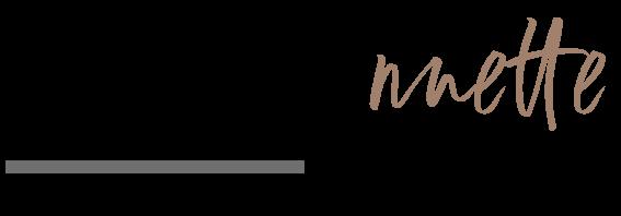Yogannette Studio Logo