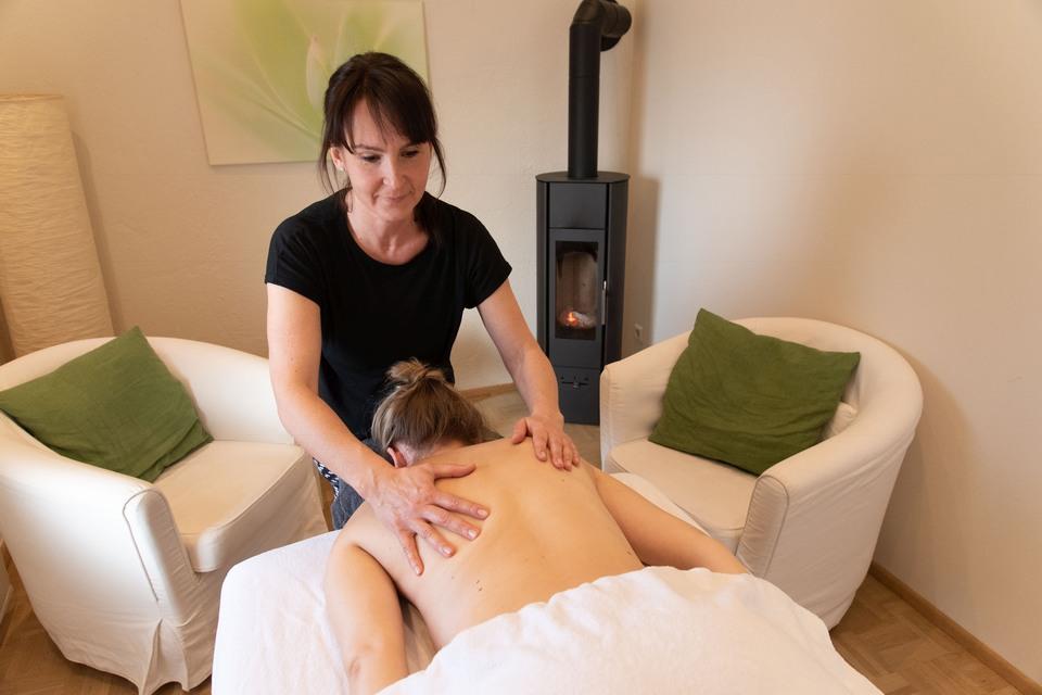 feel free massagen eva