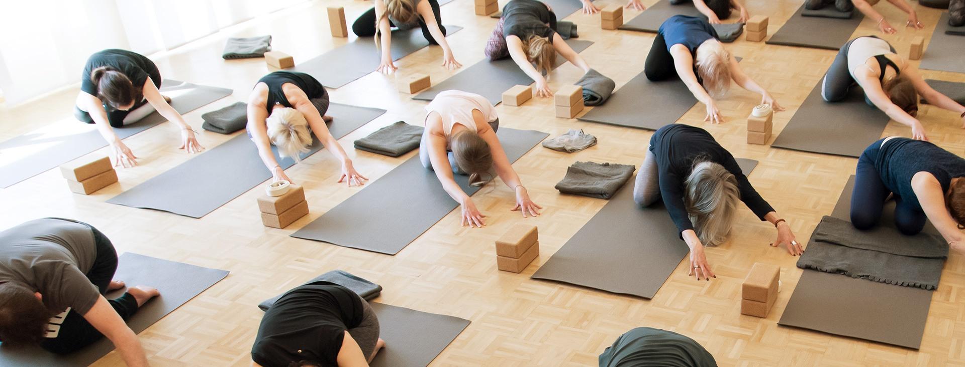 yogannette kursplan header klasse