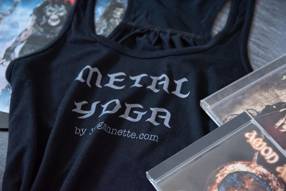 yogannette metal yoga specials